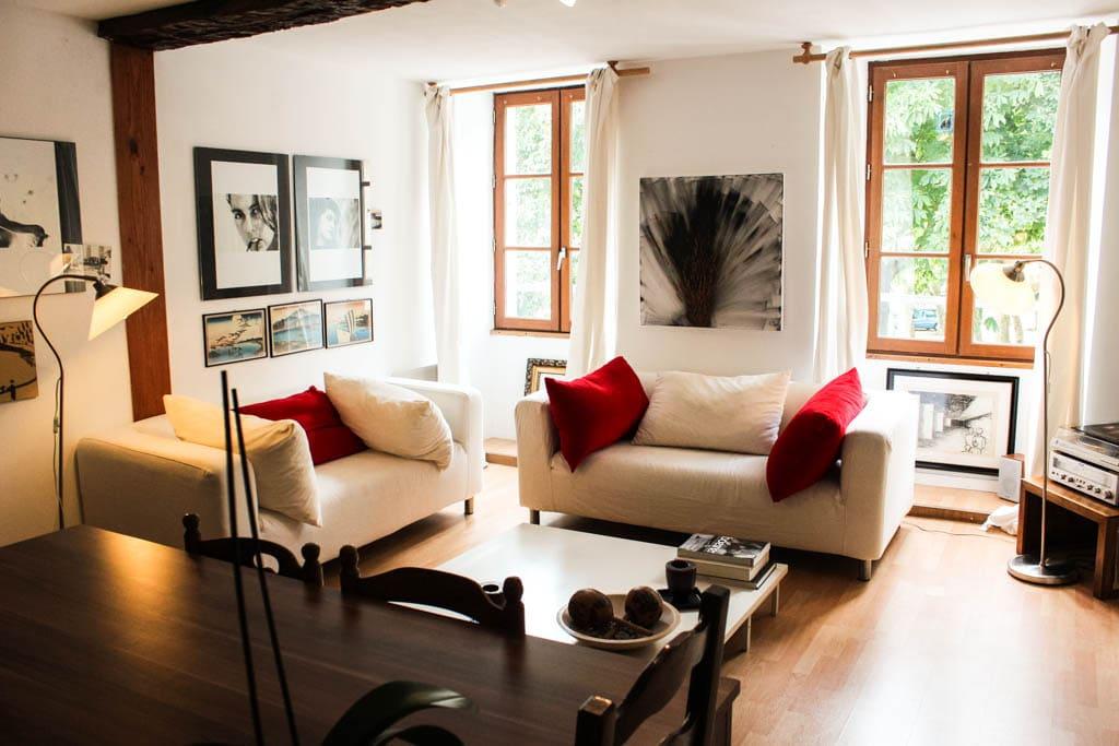 Livingroom3_3bedroom-apart1